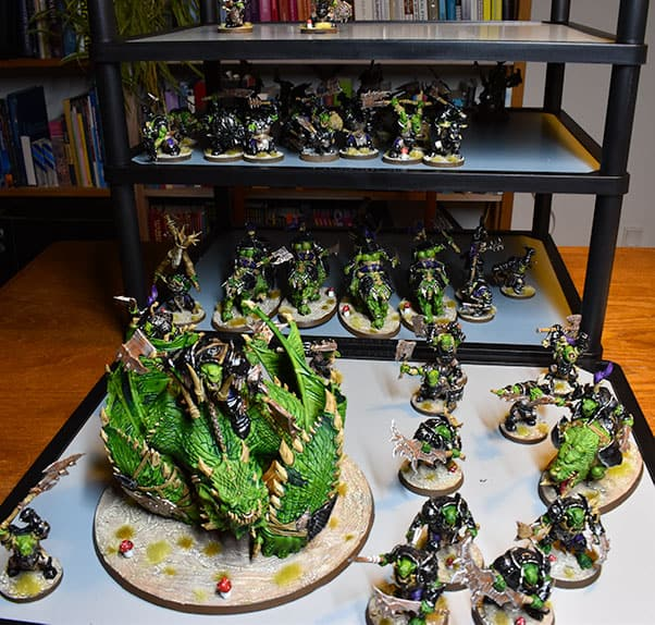 The Magna Rack from battlefoam (magnetic carry solution) with 2k Ironjawz on it (and a lot of empty space)