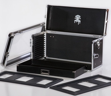 A picture of Tablewars  magnetic carrying solution for warhammer