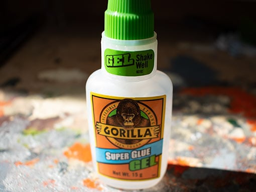 A picture of the Gorilla Gel Super Glue. This is the best super glue for metal and finecast miniatures.