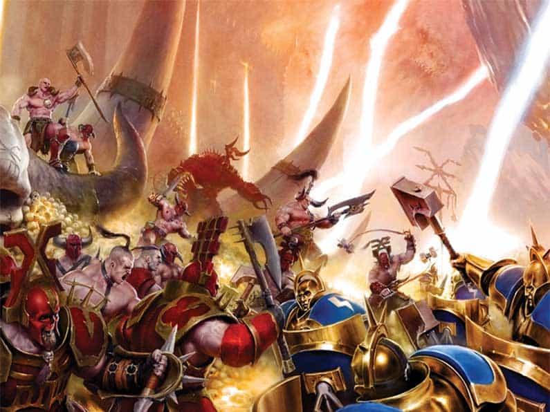 Stormcast Eternals fighting some semi naked chaos dudes