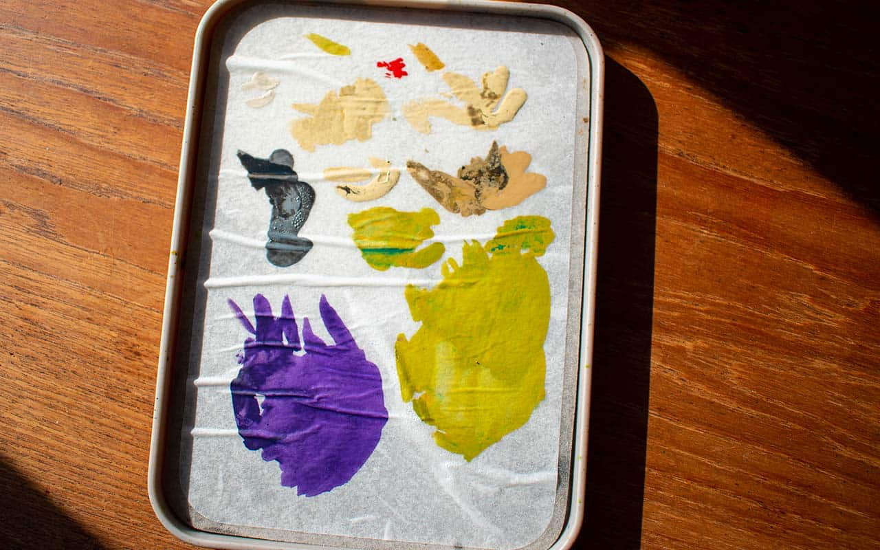 An image of the best wet palette for miniature painting